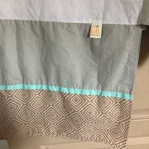 Lolli living Zig Zag Zoo crib bedskirt. EUC
